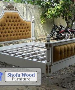 Tempat Tidur Klasik Shabby