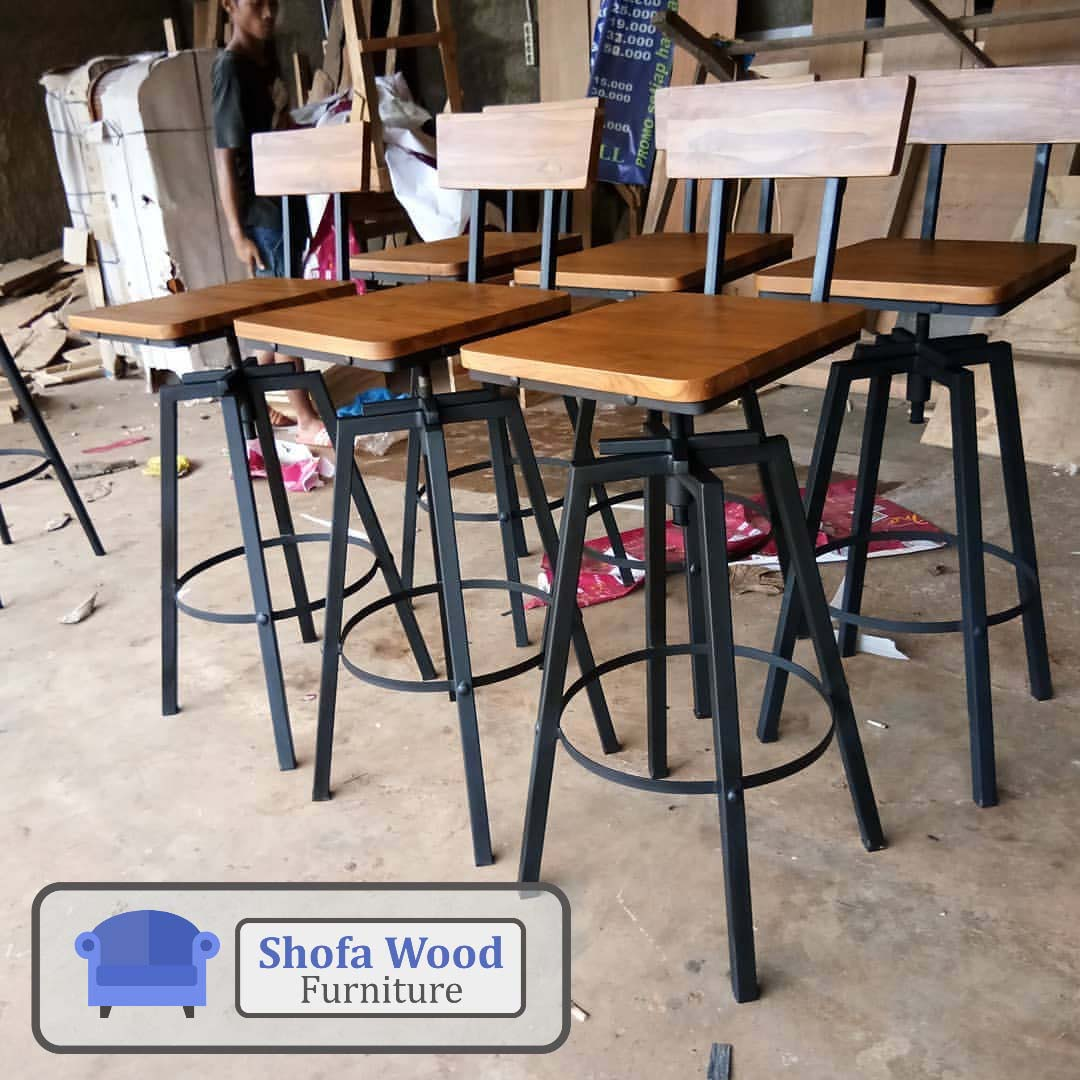 Rekomendasi Kursi Bar Stool Terbaru Yang Cocok Untuk Dapur dan Cafe Anda