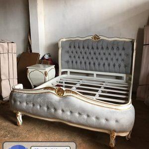 Tempat Tidur Luxury
