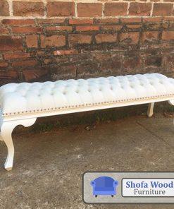 Sofa Stool Putih Elegant